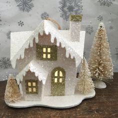 Winter Fairy Garden Set Lovely Miniature LED Lit Home with 3 Perfect Christmas Gifts, Christmas Home, Winter Fairy, Winter Garden, Christmas Tree Decorations, Christmas Ornaments, Christmas Village Houses, Class Decoration, Glitter Houses