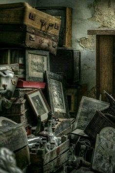 Attic ... {My attic needs to be cleaned & I dread it bcz there are no vintage treasures to un-bury, just excess. I'd pay to rummage through this one!}