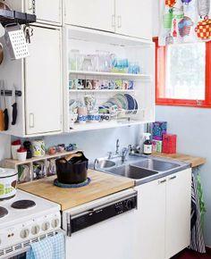 Keräilijän iloinen keittiö. | Unelmien Talo&Koti Kuva: Tiiu Kaitalo Toimittaja: Anne Sneck