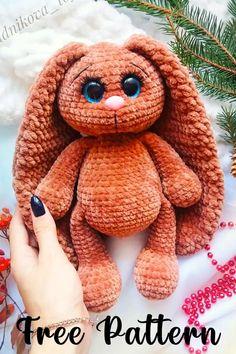 Easter Bunny Crochet Pattern, Crochet Amigurumi Free Patterns, Crochet Animal Patterns, Cute Crochet, Crochet Dolls, Crochet Baby, Diy Crochet Pillow, Beginner Crochet Projects, Fabric Origami