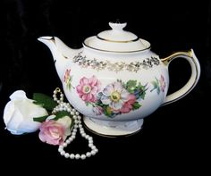 Vintage Gibsons 4-Cup Teapot Cream with Pink by TheWhistlingMan