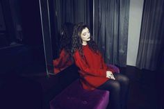 Lorde in Red.