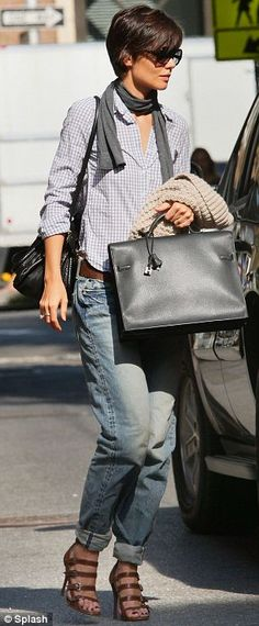 Katie Holmes slips into boy jeans for 10th time in a fortnight (but they can't be Tom's as she has to turn them up!) | Daily Mail Online