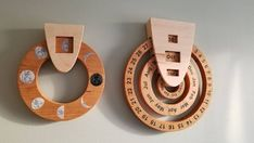 No Christmas deliver Perpetual calendar wooden calendar Calendar Home, Wooden Calendar, Calendar Wall, Diy Wood Projects, Wood Crafts, Woodworking Projects, Moon Phase Calendar, Bois Diy, Wooden Rainbow