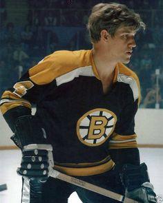Bobby Orr, Boston Sports, Hockey Cards, Boston Bruins, Jackets, Pictures, Fashion, Down Jackets, Photos
