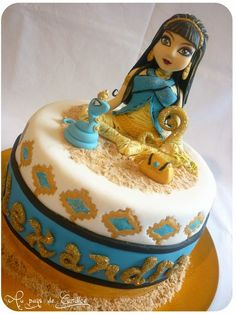 Monster High Cake - Cleo de Nile