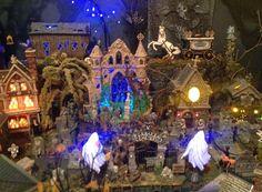 ♥♥♥ this awesomely spooky cemetery!!! Halloween Village, Halloween Displays, Halloween Ideas, Halloween Decorations, Autumn Fairy, Hallows Eve, Cemetery, Villas, Minis