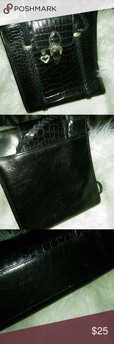 "BRIGHTON leather handbag BRIGHTON leather handbag Vintage BRIGHTON Beautiful purse   Measures 10""x11"" Brighton Bags"