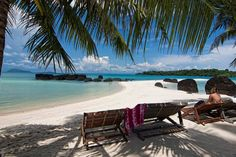 The crowds of Thailand's big-name beach destinations are worlds away from the palm-tree fringed islands Koh Mak and Koh Kut.