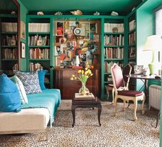 John Todd Bishop designed a bold home office for his Brooklyn Heights apartment.