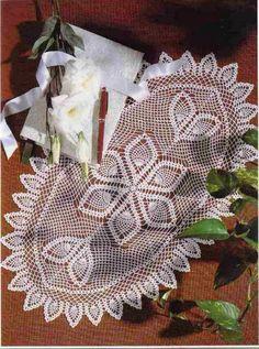 Crochet: Doilies oval track