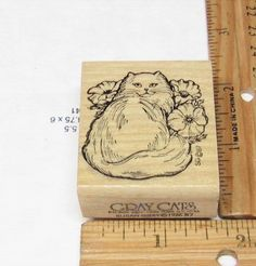 KITTY CAT WITH PRETTY FLOWERS VINTAGE 1986 BY GRAY CATS SUSAN GRAY RUBBER STAMP #GRAYCATS #rubberstamp