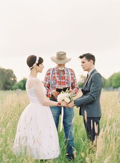 Retro Australian Elopement Ideas