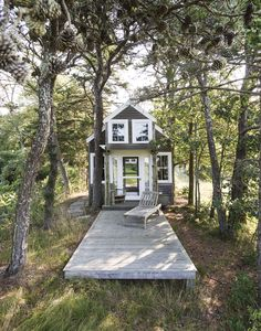 Gardenista Book Sneak Peek: The Architects' Studio on Cape Cod: Remodelista