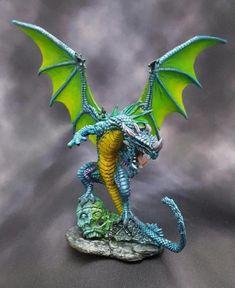 Pathfinder Dragon from Reaper Bones Dragon Miniatures, Reaper Miniatures, Fantasy Miniatures, Fantasy Dragon, Dragon Art, Fantasy Art, Warhammer Vampire Counts, Dnd Mini, Warhammer Paint