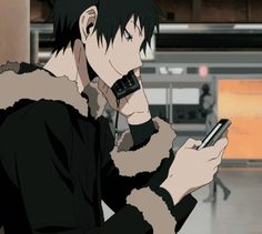 Yeah totally normal to just have two phones there Izaya!