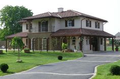 GroB Italian Style House By Idealhaus Toskanahaus; Tuscan Style; Italianate Home