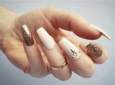 Trending eid nail art designs for 2018 beauty nails ногти, и Best Nail Art Designs, Beautiful Nail Designs, Acrylic Nail Designs, Fabulous Nails, Perfect Nails, Gorgeous Nails, White Acrylic Nails, Glitter Nail Art, Trendy Nails