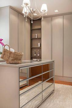 Closet: Closets modernos por Arquitetura 8 - Ana Spagnuolo & Marcos Ribeiro