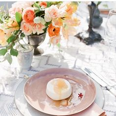 the ARK collection - Lunar snow charger / Sahara Rose Dinner plate - Small Masterpiece's flatware - Ariella Chezar Workshop