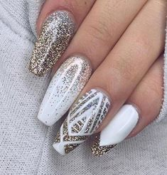 59 Awesome Acrylic Nail Art Designs to Inspire You - Nailart White Nail Art, White Nails, Holiday Nails, Christmas Nails, Christmas Design, Christmas 2017, Christmas Art, Nagellack Trends, New Year's Nails