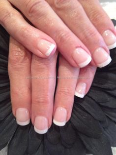 Totally wish I could have nails like this for the upcoming wedding this summer, hah