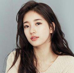 Suzy Bae (Bae Su Ji)