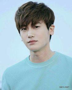 My cutest cutie ever. Actors Male, Cute Actors, Asian Actors, Korean Actors, Park Hyung Sik, Kdrama, Korean Shows, Yoo Seung Ho, Park Bo Young