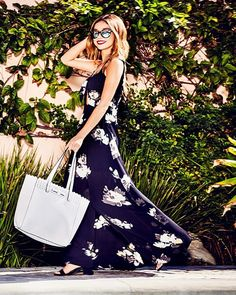 """167.7 tis. To se mi líbí, 265 komentářů – Sarah Hyland (@therealsarahhyland) na Instagramu: """"Bring on the sun! Have you seen our Candie's spring collection? Follow @CandiesBrand to shop my…"""""""