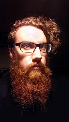 huge full thick long red beard beards bearded man redhead ginger glasses mustache curls blue eyes striking Red Beard, Ginger Beard, Hairy Men, Bearded Men, Hair And Beard Styles, Hair Styles, Redhead Men, Clean Shaven, Moda Masculina
