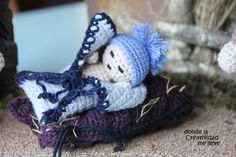Teddy Bear, Animals, Blue Nails, Little Cottages, Crocheting, Party, Xmas, Animales, Animaux