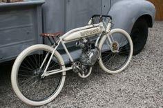 Board track inspired motorize Bicycle by Old School Garage Velo Vintage, Vintage Bikes, Vintage Motorcycles, Custom Motorcycles, Custom Bikes, Indian Motorcycles, Cool Bicycles, Cool Bikes, Chopper