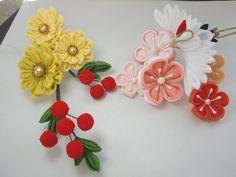 イメージ1 - 今月と来月のお教室で 鶴 南天 菊に梅の画像 - つまみ細工 花ちりめんのかんざし - Yahoo!ブログ