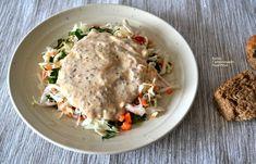 Απλή λαχανοσαλάτα σκέτη ή με σάλτσα γιαουρτιού - cretangastronomy.gr Chutney, Dips, Salads, Chicken, Meat, Food, Sauces, Essen, Dip