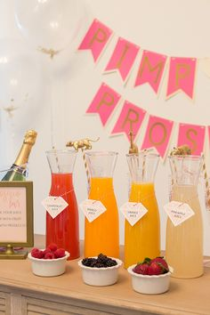 How to Create a Pimp Your Prosecco Bar #proseccobar #weddingbar #pimpyourprosecco