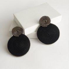 Circle Earrings Round Earrings Ethnic Earrings Disc Earrings Geometric Earrings Clip On Earrings Indian Jewelry Earrings, Fancy Jewellery, Jewelry Design Earrings, Bead Jewellery, Stylish Jewelry, Beaded Jewelry, Fashion Jewelry, Designer Earrings, Jewelry Necklaces