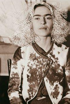 Frida in ponyskin jacket