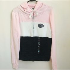 """PINK Full-Zip Colorblock Hoodie Brand new with tags PINK Full-Zip Colorblock hoodie. The hoodie is in perfect condition having never been worn.                                                                                   ❌NO TRADES❌                                                                     ❌Please do not ask: """"Lowest?"""" All negotiations must be done using the offer button. Questions like these and offers made in the comment section will be ignored.❌ PINK Victoria's Secret Tops…"""