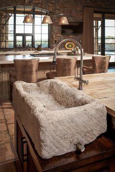 Ranch - rustic - kitchen - houston - Thompson Custom Homes