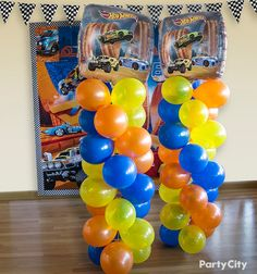 Create a bold n' blazing display at your party's finish line with our Hot Wheels-themed foil balloons and bouquets!