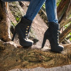 #Booties #fashion #LaModaMasDeseada #PriceShoes #otoño2014 #femme #style #México Pídelos aquí → http://www.priceshoes.com/