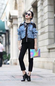 Holographic clutch - Asian fashion | http://shop.dropdeadgorgeousdaily.com/shop/hologram-clutch/