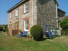 Quentance Farm, Exmouth, Devon. Pet Friendly Bed and Breakfast Holiday Accommodation in England.