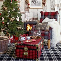 Love the trunk!  Candan Kiramer: Snowy Christmas..