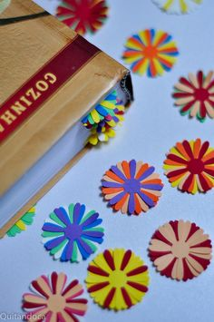 Bookmark -make a bunch and put them in glass jar for kids who need one Bookmark Making, Bookmark Ideas, Best Bookmarks, How To Make Bookmarks, I Love Books, Good Books, Doodle, Decor Crafts, Diy Crafts