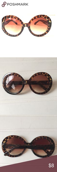 Leopard Sunglasses Leopard Sunglasses  Size OS No scratches worn once Just a great pair to have the gorgeous spare Accessories Sunglasses
