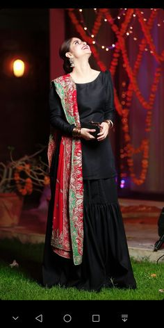 Buy Black And Red Color Sharara Suit by Akanksha Singh at Fresh Look Fashion Shadi Dresses, Pakistani Formal Dresses, Pakistani Dress Design, Pakistani Outfits, Pakistani Kurta, Indian Outfits, Stylish Dresses For Girls, Stylish Dress Designs, Designs For Dresses