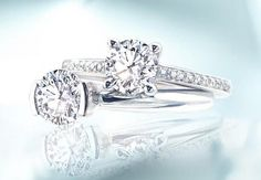 What does a three-stone engagement ring symbolize? You asked, We answered: http://ow.ly/GIxrc