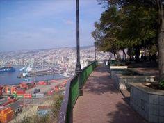 Resultados de la Búsqueda de imágenes de Google de http://www.viajesenchile.cl/wp-content/uploads/valparaiso-paseo-21-de-mayo-300x225.jpg