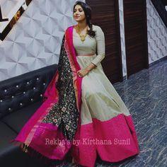 Lovely Rashmi Gautham in white color floor length dress with black color ikkat duppata designed by Kirthana Sunil. Indian Designer Outfits, Indian Outfits, Designer Dresses, Long Gown Dress, Long Frock, Anarkali Dress, Lehenga, Sarees, Ikkat Dresses